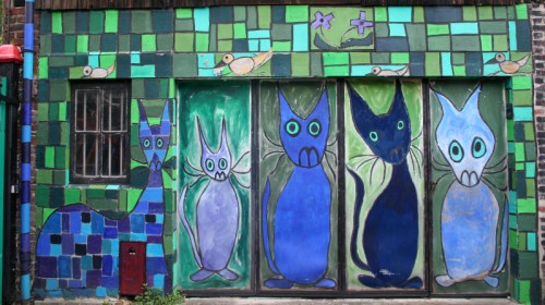 Blue Cats in Honfleur